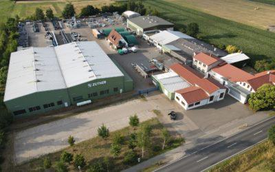 Vogelperspektive auf das Firmengelände der Zuther GmbH in Karwitz