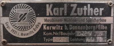 Typenschild der Zuther Maschinen, mühen - und Speicherbau 1958 in Karwitz