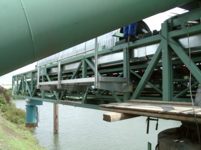 Ship loading system by the german manufacturer Zuther at a river