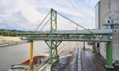 Ship loading system for bulk material in an industrial harbour by the german manufacturer Zuther