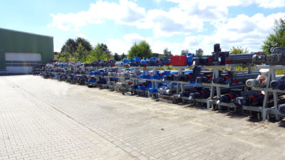 Screw conveyor at the manufacturer Zuther ready to transport, shipping worldwide
