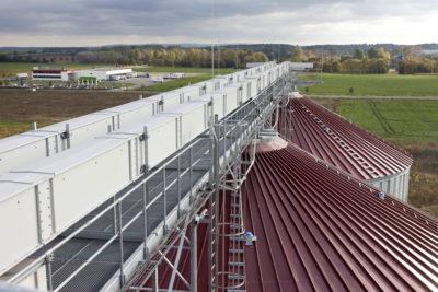 Siloanlage mit Trogkettenförderern zur horizontalen Beschickung von Schüttgut vom Hersteller Zuther